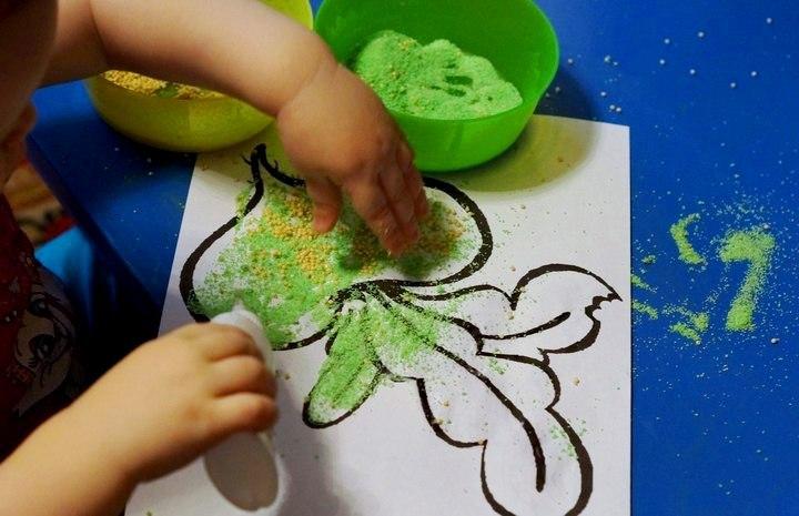 Как сделать из манки цветной песок