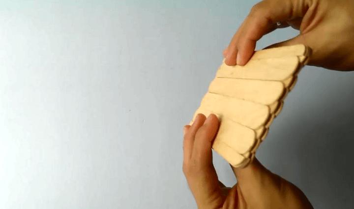 СПИННЕР БЭТМЕН своими руками. Как сделать спиннер из 68