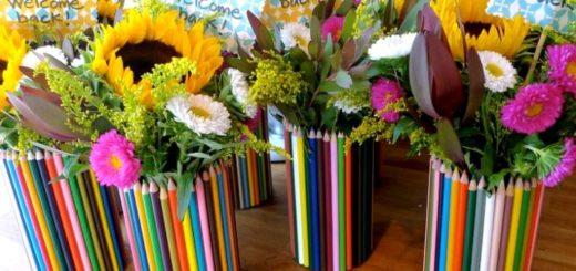 ваза из карандашей