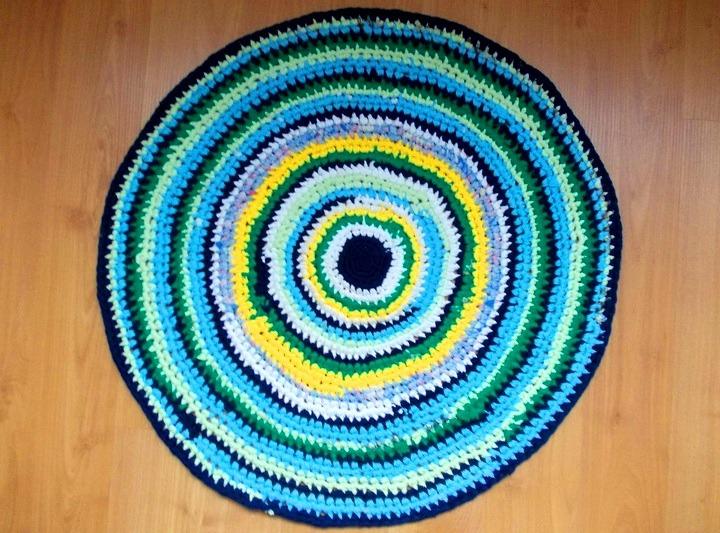 как связать круглый коврик на пол крючком для начинающих 33 поделки