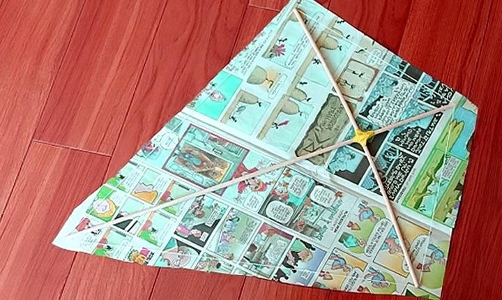 воздушный змей из газеты