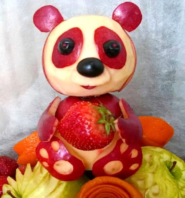 медведь из яблок