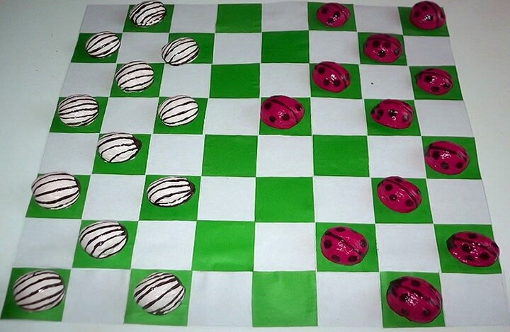 шашки из грецких орехов