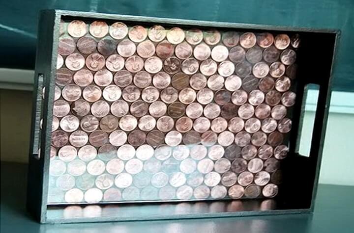 поднос из монеток
