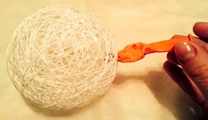 нитки и шарик
