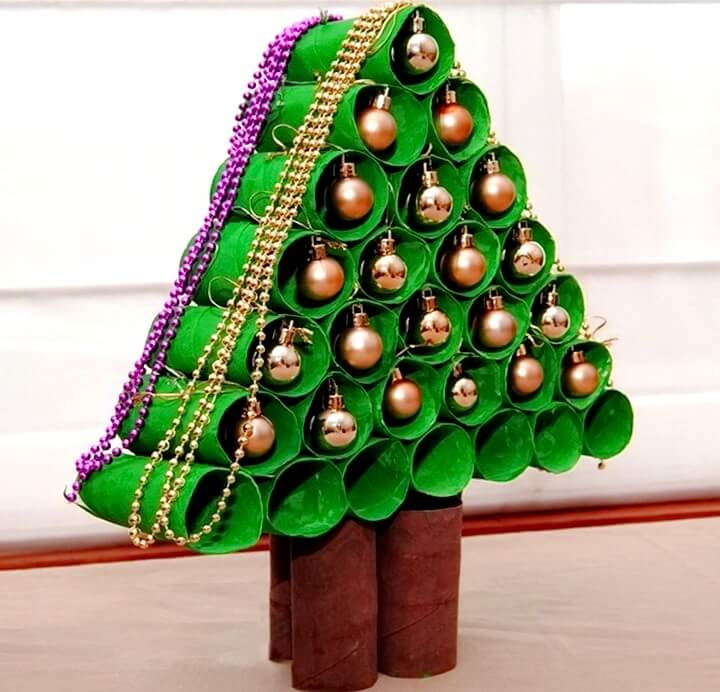 новогодняя елка из втулок