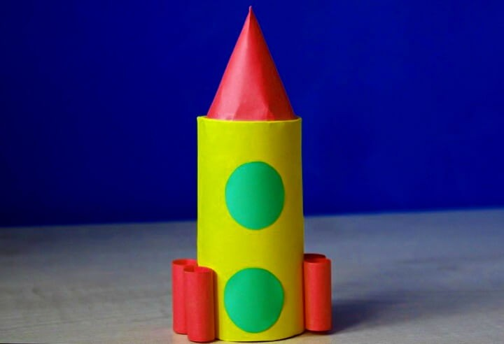 ракета из втулки